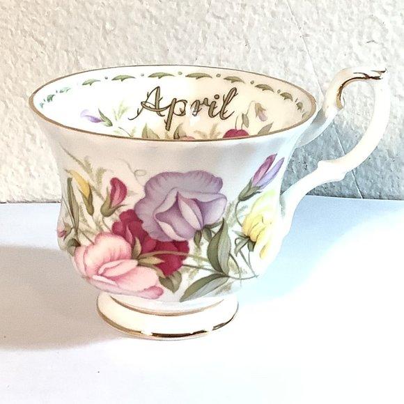 Royal Albert Bone China APRIL  Sweet Pea Tea Cup